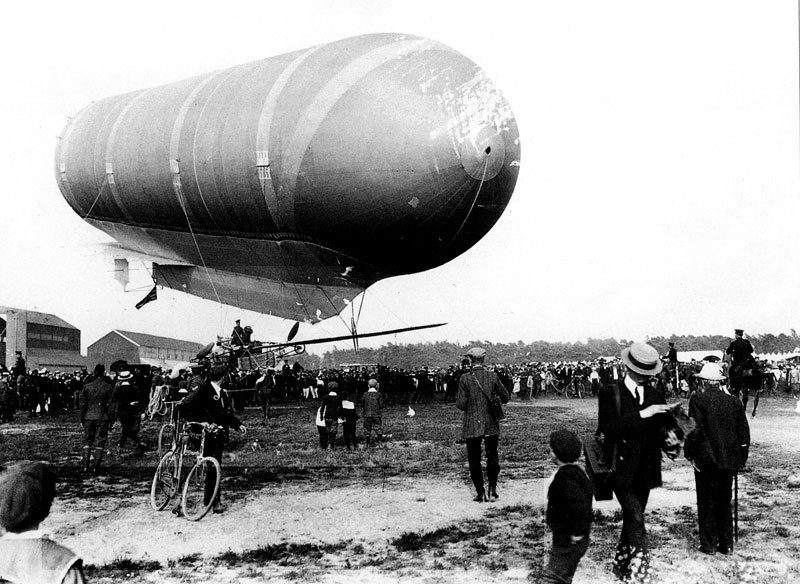 Nulli Secundus II at Farnborough 24 July 1908